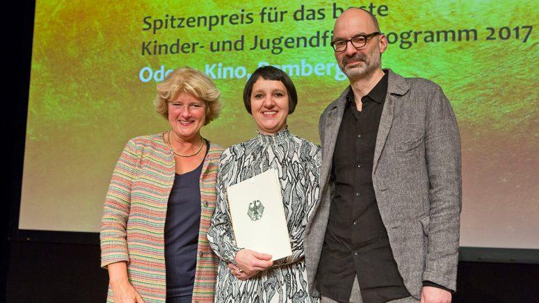 Kinoprogramm Preise Des Bundeskulturministeriums Gehen An Zwei